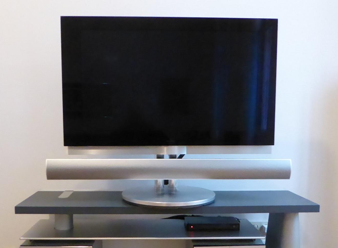 BeoVision 7-40, BeoLink 7.2 + Fuß Image
